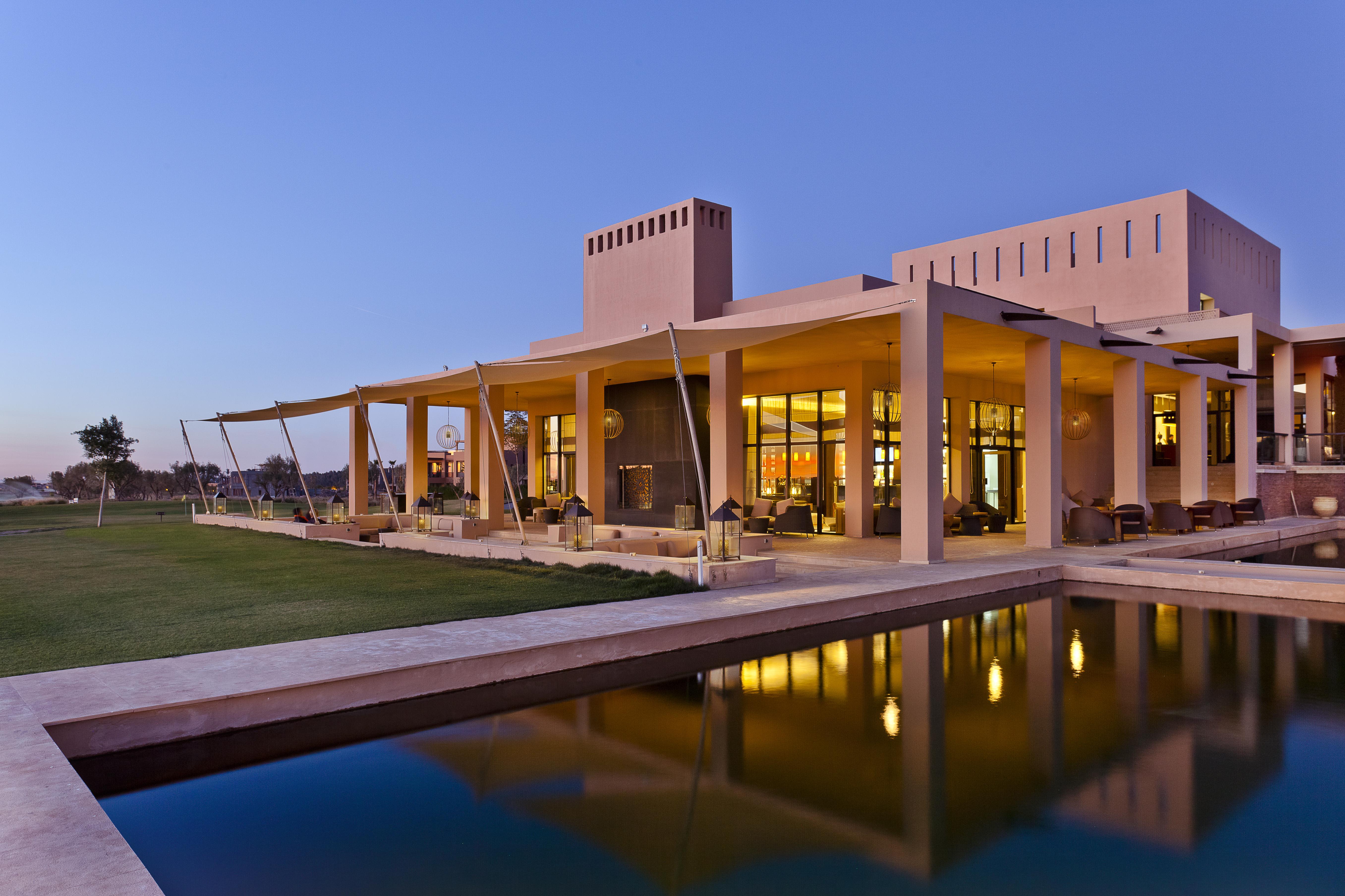 villa plain pied moderne amelkis marrakech. Black Bedroom Furniture Sets. Home Design Ideas
