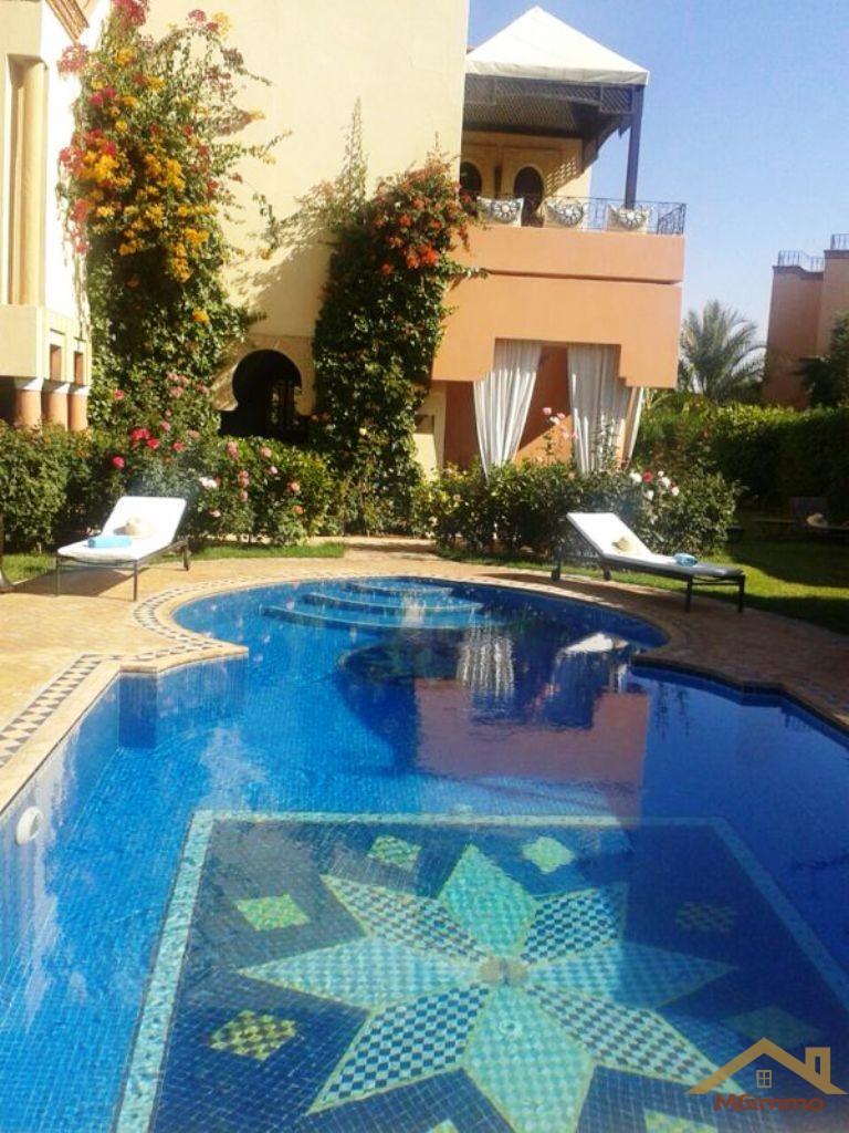 Villa de vacances avec piscine marrakech for Villa vacances piscine