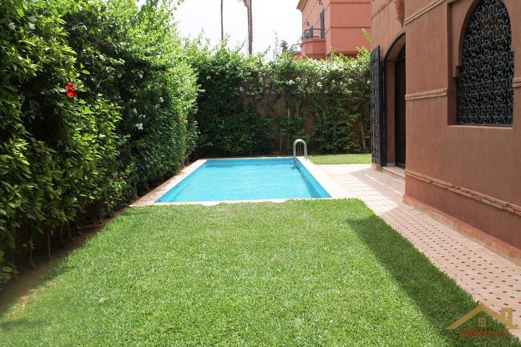 Location villa privée avec piscine