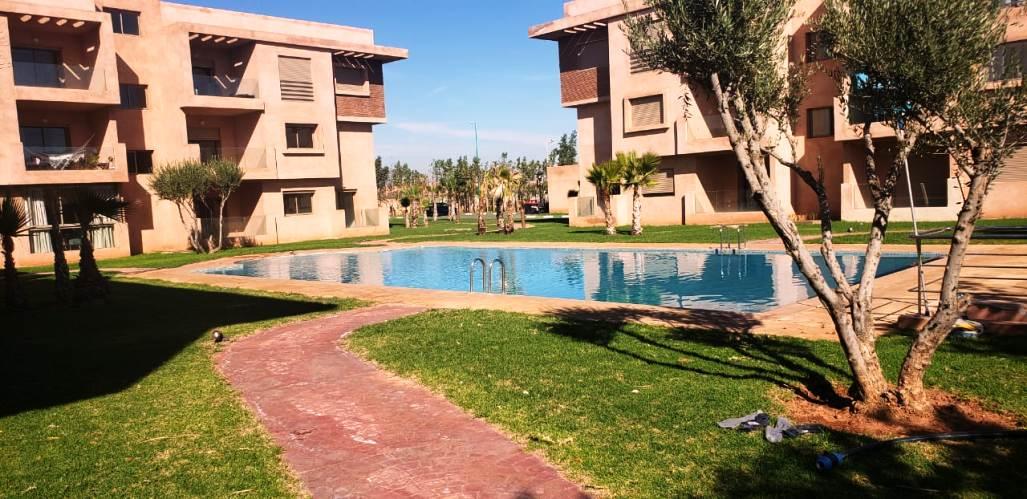 Appartement moderne avec piscine